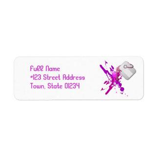 Pinte las etiquetas de correo de la salpicadura etiqueta de remitente
