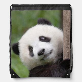 Pintura adorable del oso de panda mochila