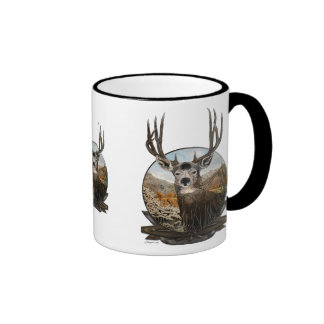 Pintura al óleo del ciervo mula en escudo taza