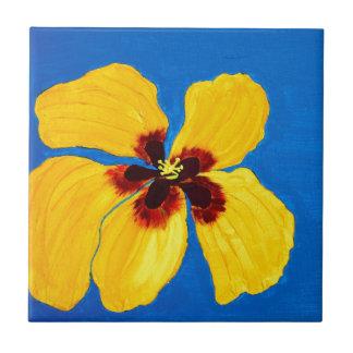 Pintura amarilla de la flor del hibisco azulejo cuadrado pequeño
