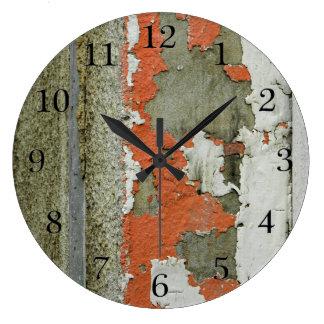 Pintura anaranjada de la peladura del Grunge en el Reloj Redondo Grande