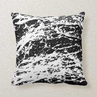 Pintura apenada blanco y negro apenada cojín decorativo