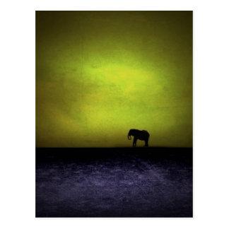 Pintura caprichosa del elefante postal