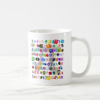 Pintura colorida y de la diversión del pi taza de café