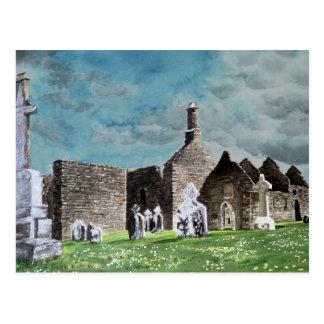 Pintura de la acuarela del paisaje de Clonmacnoise Postales