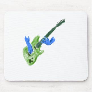 Pintura de la guitarra eléctrica, manos verdes del alfombrilla de raton