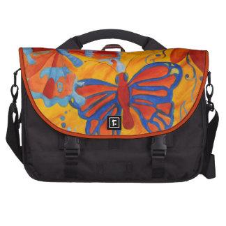 Pintura de la mariposa bolsas para portátil