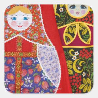 Pintura de la muñeca de Matryoshka del ruso Pegatina Cuadrada