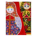 Pintura de la muñeca de Matryoshka del ruso Postales