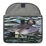 pintura de la natación del pato funda para macbooks