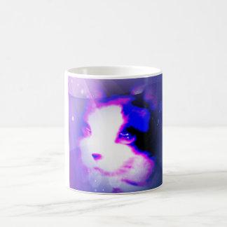 pintura de la raqueta por el gatito de los números taza básica blanca