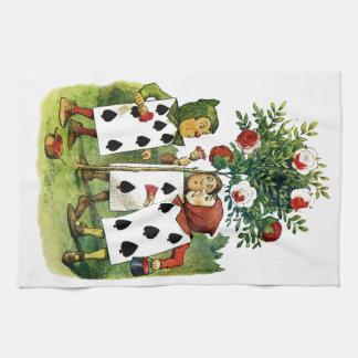 Pintura de la reina de los rosas del corazón en el toallas de cocina