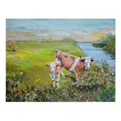 Pintura de la vaca y del becerro en una orilla del postales