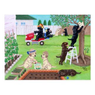 Pintura de Labradors de la diversión de domingo Postal