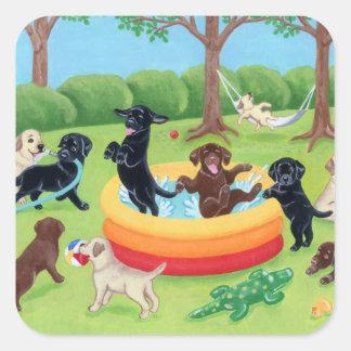 Pintura de Labradors de la diversión del verano Pegatina Cuadrada