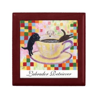Pintura de Labradors del café Joyero Cuadrado Pequeño