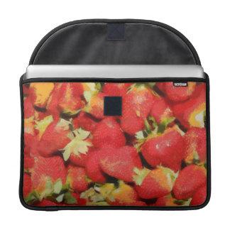 Pintura de las fresas fundas para macbooks