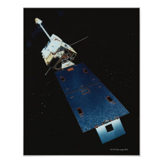 Pintura de un satélite posters