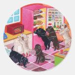 Pintura del fiesta de la cocina de Labrador Etiquetas Redondas
