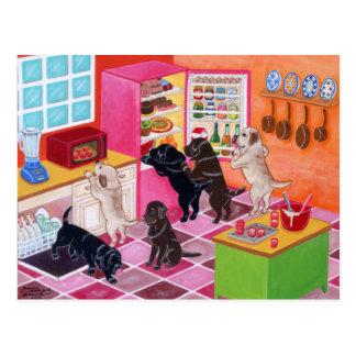 Pintura del fiesta de la cocina de Labrador Tarjeta Postal