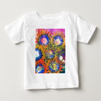 Pintura del girasol del collage de las técnicas tshirts