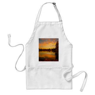 pintura del iPad del lago sunset Delantal
