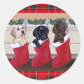 Pintura del navidad de los perritos del labrador r etiquetas redondas
