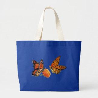 Pintura en colores pastel de las mariposas bolsa de mano