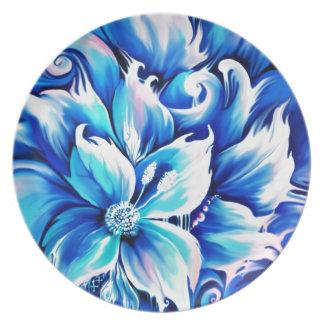Pintura floral abstracta azul y rosada plato de comida