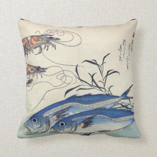 Pintura japonesa de la vida marina circa 1800's cojín decorativo