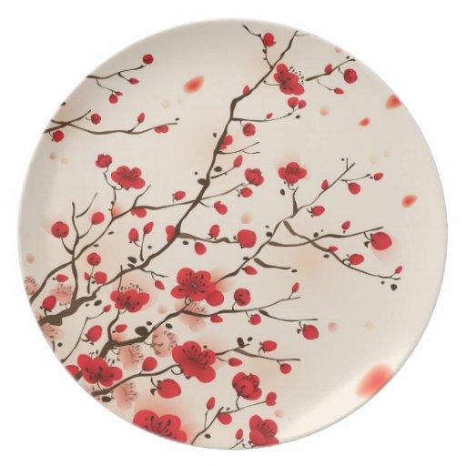 Pintura oriental del estilo, flor del ciruelo en p plato de cena