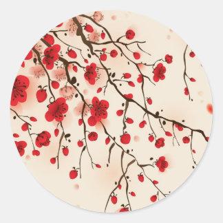 Pintura oriental del estilo, flor del ciruelo en pegatinas redondas