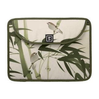 Pintura oriental del estilo, ramas de bambú funda macbook pro