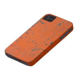 Pintura roja escamosa, rasguñada. Falso moho y gru Case-Mate iPhone 4 Coberturas