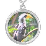 pintura tropical del extracto del pájaro del hornb collares