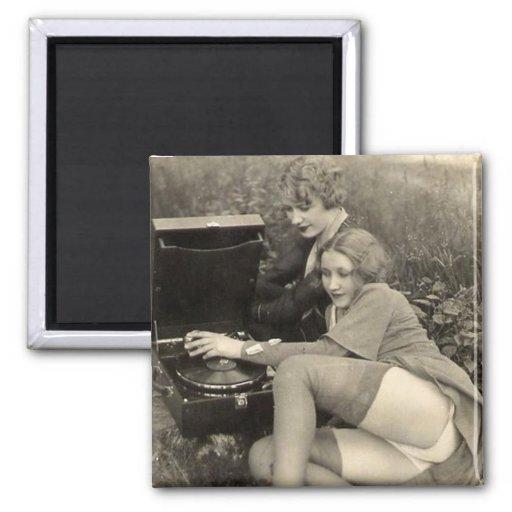 Pinups lesbianos traviesos del vintage imanes