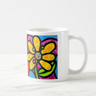Pinwheel Daisy in Yellow Mug