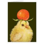 pío con la tarjeta del gorra del tomate de cereza