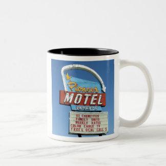 PIONEER MOTEL - Mug