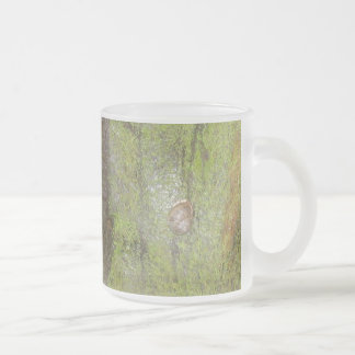 Pioneering snail frosted glass coffee mug