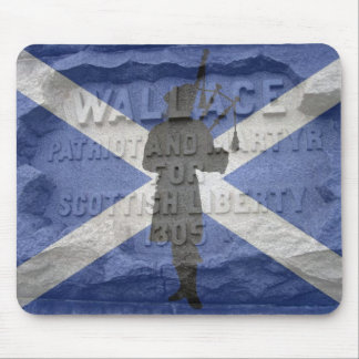 Pipper Tribute - Willam Wallace Scotland patriot Mousepads