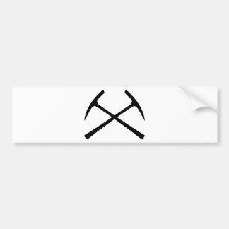 piqueta negra cruzada etiqueta de parachoque
