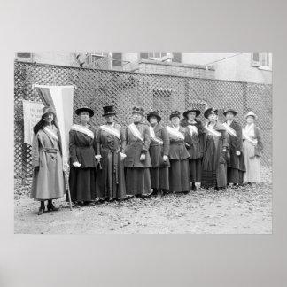 Piquetes del Suffragette: 1917 Póster