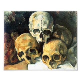Pirámide de Cezanne de la impresión de los cráneos Fotografía