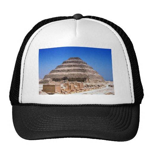 Pirámide de Djoser Gorra