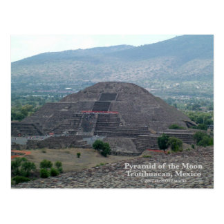 Pirámide de la postal de la luna