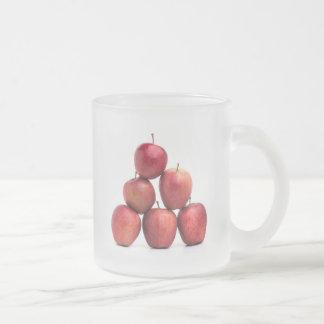 Pirámide de las manzanas red delicious taza de café esmerilada