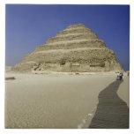 Pirámide del paso en Saqqara, uno del más temprana Teja Cerámica