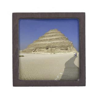 Pirámide del paso en Saqqara, uno del más temprana Cajas De Recuerdo De Calidad