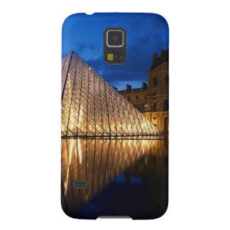 Pirámide en el museo del Louvre, París, Francia Carcasa De Galaxy S5